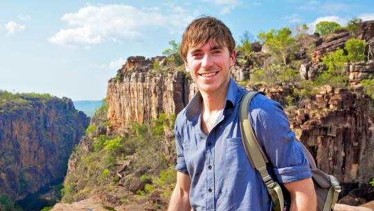 Australia with Simon Reeve - E2 - Australia With Simon Reeve