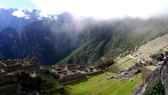 Globe Trekker South America  - E4 - Conquistadors, Incas and Inquisition