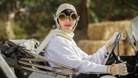 Miss Fisher's Murder Mysteries - S2E7 - Blood at the Wheel