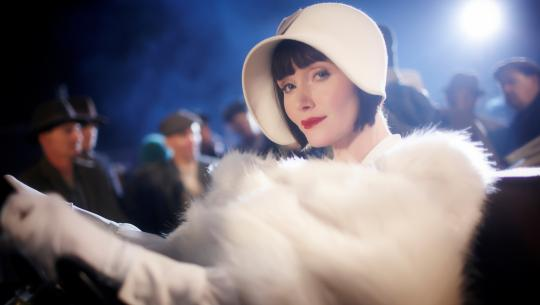 Miss Fisher's Murder Mysteries - S1E4 - Death at Victoria Dock