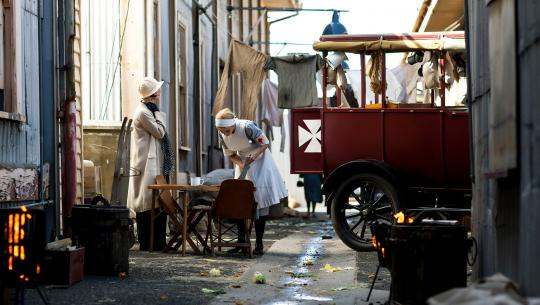 Miss Fisher's Murder Mysteries - S3E4 - Blood and Money