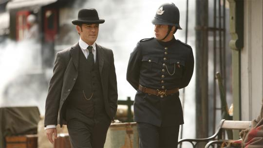 Murdoch Mysteries - S1E13 - The Annoying Red Planet