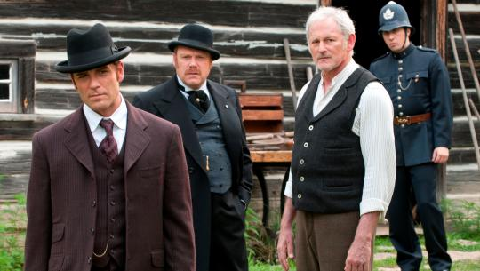 Murdoch Mysteries - S4E1 - All Tattered Torn
