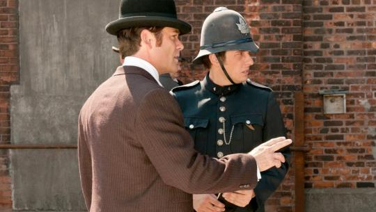 Murdoch Mysteries - S5E2 - Back and To the Left