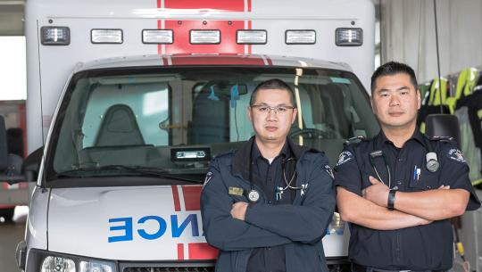 Paramedics: Life on the Line - E8 - Sixteen Lifesavers