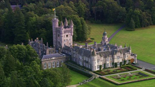 The World From Above: British Isles  - E7 - Scotland – Stirling to Cawdor Castle