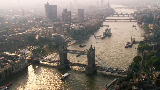 The World From Above: British Isles  - E8 - England - From Tilbury to Westminster