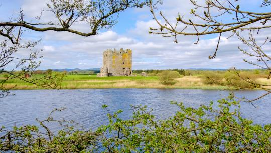 The World From Above: British Isles  - E20 - England and Scotland – Threave Castle to Smailholm Tower