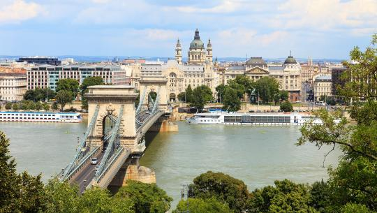 Waterfront Cities of the World - S5E5 - Budapest