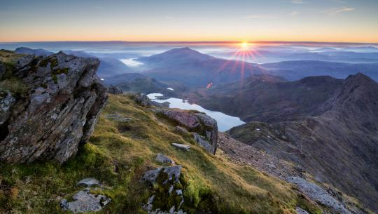 Wilderness Walks with Ray Mears - E3 - Snowdonia
