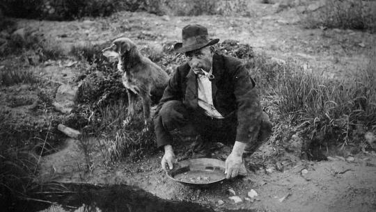 Working People: A History of Labour in British Columbia - E2 - Gold Fever