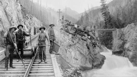 Working People: A History of Labour in British Columbia - E12 - Where the Fraser River Flows