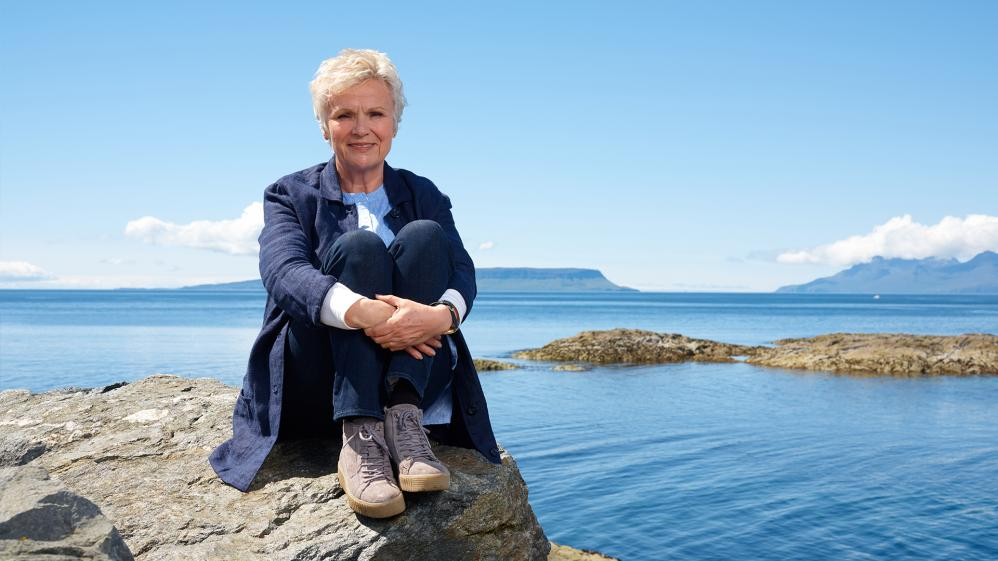 Coastal Railways with Julie Walters - E1 - West Highlands