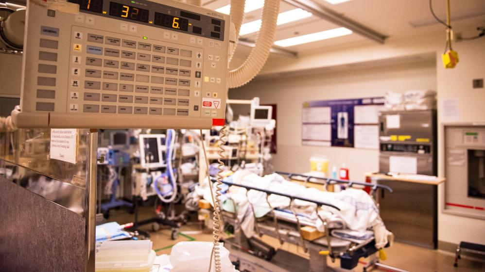 Emergency Room:  Life and Death at VGH - S1E3 - Full Moon