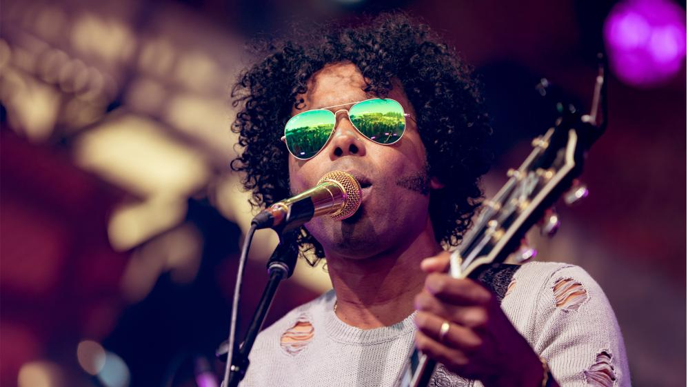 Take Me Home - E14 - Alex Cuba
