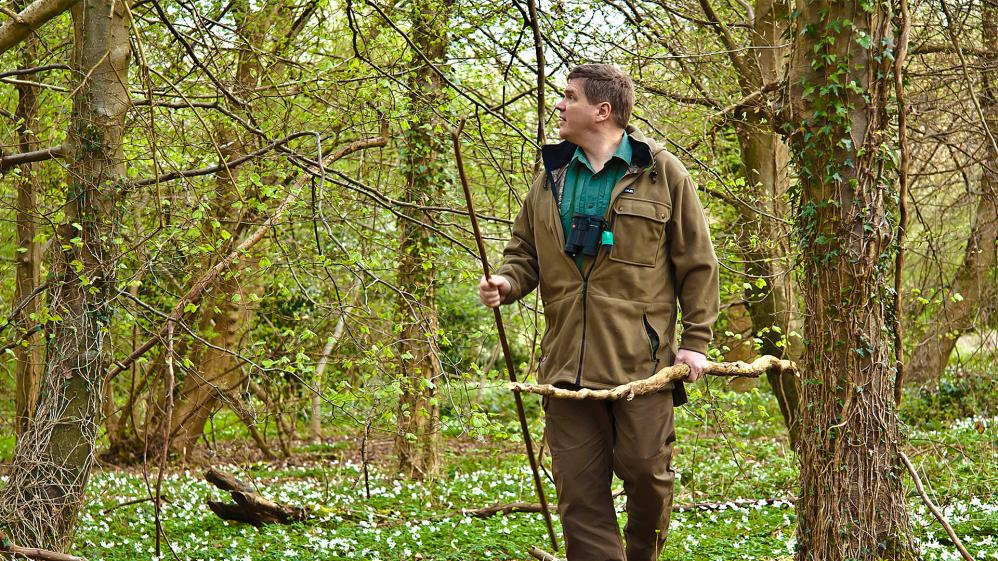 Wild Britain With Ray Mears - E1 - Wild Britain With Ray Mears