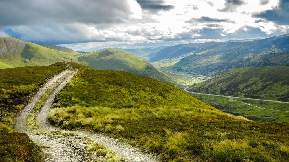 Wild Britain with Ray Mears - S2E2 - Mountain and Moorland: Cairngorms, Scotland