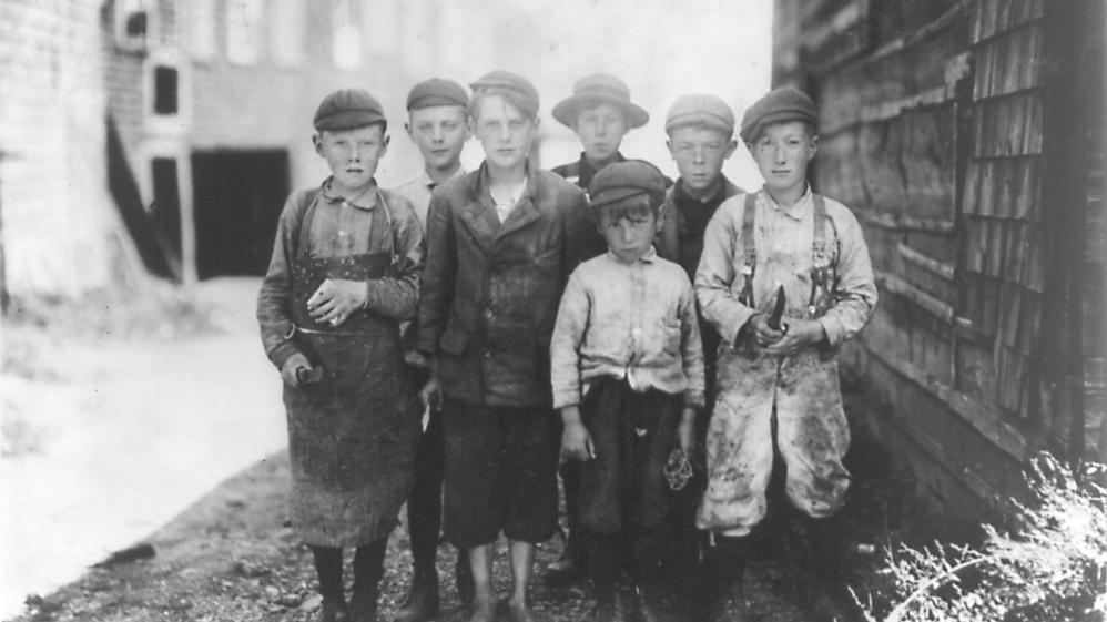 Working People: A History of Labour in British Columbia - E7 - Children at Work